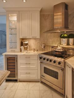 Stove sits in the corner. Great idea if you hate those stupid corner cabinets!