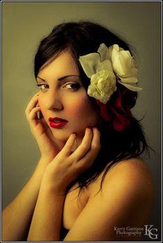 http://cameradojo.com/wp-content/uploads/2009/06/taylor_thorne-4.jpg