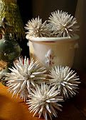 Paper Spiky Balls