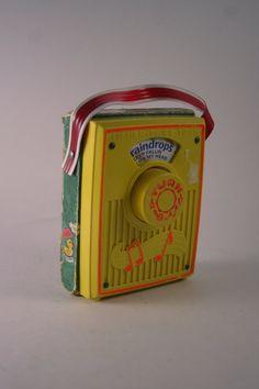 <3  1970s Fisher Price Radio.