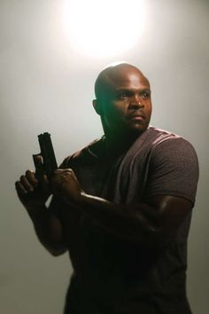 """Robert Singleton (AB '98) plays T-Dog in AMC's 'The Walking Dead' and can be seen in the award winning film, """"The Blind Side""""."""