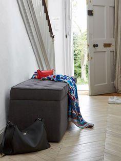 Freebie Fridays: Curb Clutter With Sofa.com's Blanket Box (http://blog.hgtv.com/design/2013/01/04/freebie-fridays-curb-clutter-with-sofa-coms-blanket-box/?soc=pinterest)