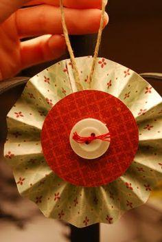 paper lollipop ornament