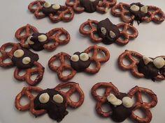 Chocolate Covered Pretzel Bats Halloween Snack