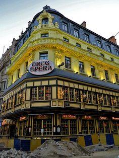 Restaurant Opera in Brussels, Belgium