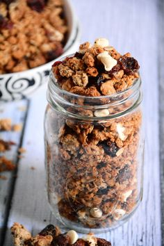 White Chocolate & Cranberry Quinoa Granola | Easy | http://www.belgiumchocolategourmet.com/recipes/