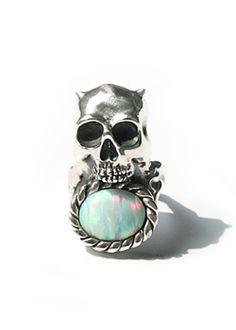horned skull opal