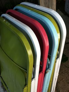 painted metal chairs...so worth doing...just because they would look so much cuter in the storage closet...lol sprays, idea, crafti, metal, fold chair, spray paint, folding chairs, diy, paint fold