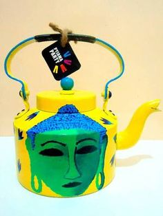 Pyjama Party's range of colourful handpainted kettles add a dash of quirky,funky,kitsch to your home.Intricate detailing and vibrant colours makes for a perfect kettle to serve tea in or as a décor piece