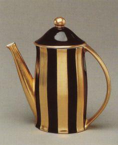 Porcelain pot by Josef Hoffmann, 1905.