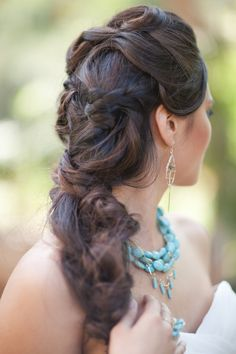 "relaxed wedding hair style. => SOURCE: from  http://pinterest.com/bendrixdotme/beauty-and-style-me/ ""Beauty and Style .ME"" Board (@Bendrix) via."