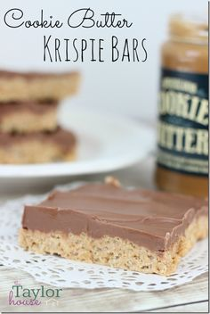 Cookie Butter Rice Krispie Bars - I NEED TO TRY COOKIE BUTTER!