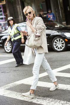 How to wear in soft beige