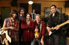 Friday Night at The Luncheonette! | #Parenthood