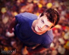 guy senior picture ideas | Senior pose from up above
