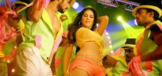Balwinder Singh Famous Ho Gaye Shake That Booty - Bollywood Movie Trailers & Promos