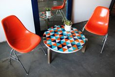 DIY: kleurrijk en betaalbaar tafeltje tabl top, decor, coffee tables, craft, idea, glasses, paint glass, glass tabl, diy paint