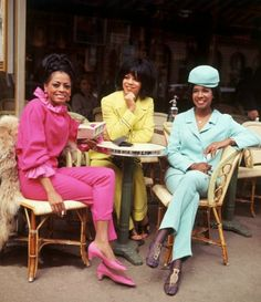 Throwback Thursday: The Supremes in Paris - Black Fashion Bloggers