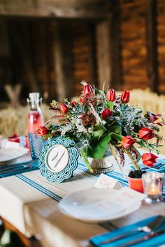 red, white, blue table setting // photo by Julie Lim Photographer // floral design by Mobtown Florals