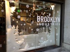 Winter store window