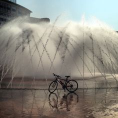 Bike by the fountain.