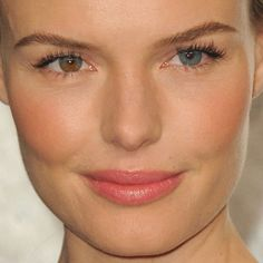 2012 OSCARS: SEE 55 OF THE PRETTIEST MAKEUP LOOKS UP CLOSE...kate bosworth has the coolest eyes