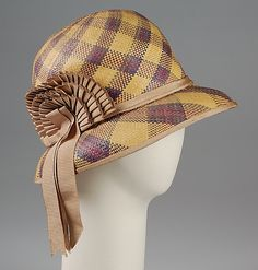 Cloche - L.P. Hollander & Co., c. 1925 - amazing plaid pattern on this (click through for more images)