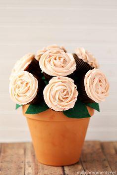 Cupcake Bouquet | A Million Moments