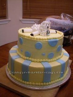 Coolest Baby Shower Sheep Cake... This website is the Pinterest of birthday cake ideas