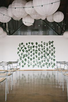 hanging fern ceremony backdrop // photo by Nicole Berrett, styling by The Beauty & The Blush // http://ruffledblog.com/fuchsia-holiday-celebration