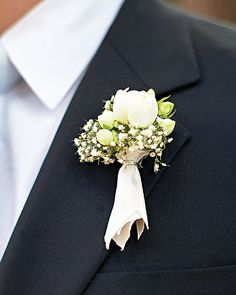 Boutonnieres- Brides are so creative w/ their flowers & so dull when it comes to the groom.