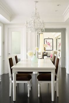 Gold & Gray: dining inspired