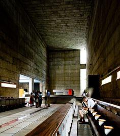 Convent Sainte-Marie Tourette. Eveux-sur-l'Arbresle, France. 1960. Le Corbusier.