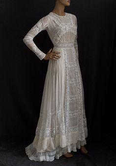 Chiffon tea dress embellished with lace, circa 1910.