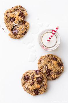 Oatmeal Coconut Almond Chocolate Chunk Cookies. Mmmm!