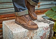 Men's Leather Boots.