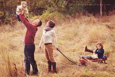 adorable family photoshoot