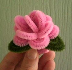 CUTE! MaKenna got one of these at a party. I am going to make some now!!!