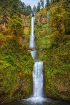 Multnomah falls columbia river gorge oregon multnomahfalls