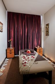 Massage Room On Pinterest Thai Massage Spa Rooms And Treatment Rooms