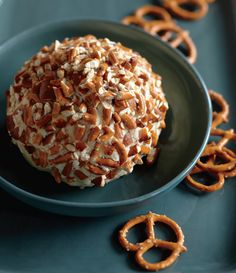 Beer-pretzel cheese ball.