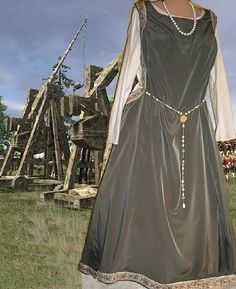 Renaissance Costume Medieval Gown SCA Garb by camelots0closet, $62.00