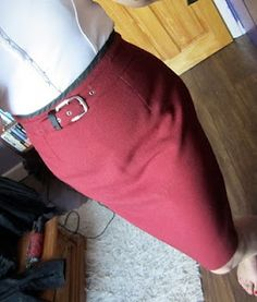 Pencil skirt sewing tutorial.  I had great success with the first one I tried this way.  On to the next!
