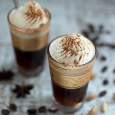 Mild coffee with spices, topped with cream and sprinkled with cocoa and cinnamon. food, drink, coffee, pretti glass, coffe photographi, spice winter, winter coffe