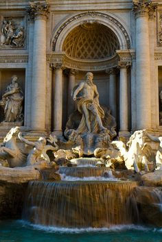 Fontana di Trevi, Rome. We passed here at least twice every day on our way to and from Hotel Daphne.