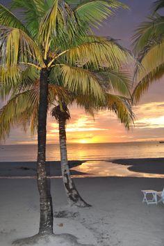 Negril Jamaica-Couples Swept Away