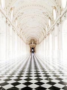 . interior design, palac, castl, hallways, floor, design interiors, tile, living room designs, black white