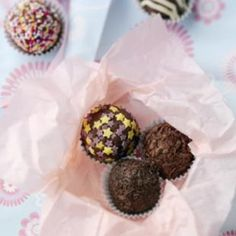 Chocolate Truffles   http://www.nationalbakingweek.co.uk/content/chocolate-truffles
