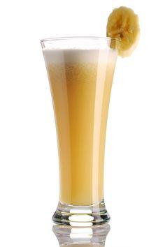 Mango-Banana Cream Smoothie--sweet (and healthy) snack!  Soooo yummy!  #snack #idea #banana #smoothie