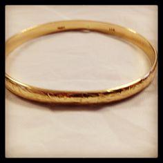 Mings Gold Bangle